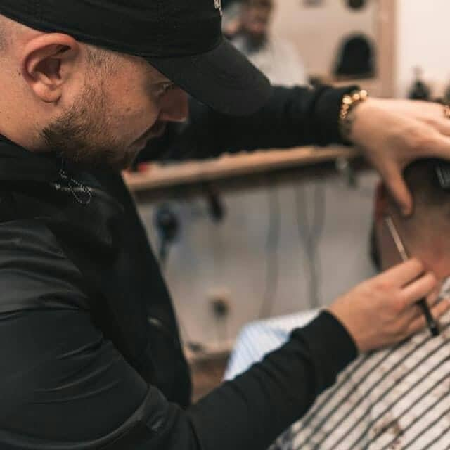 Barbier Fabian van King Cuts Barbershop